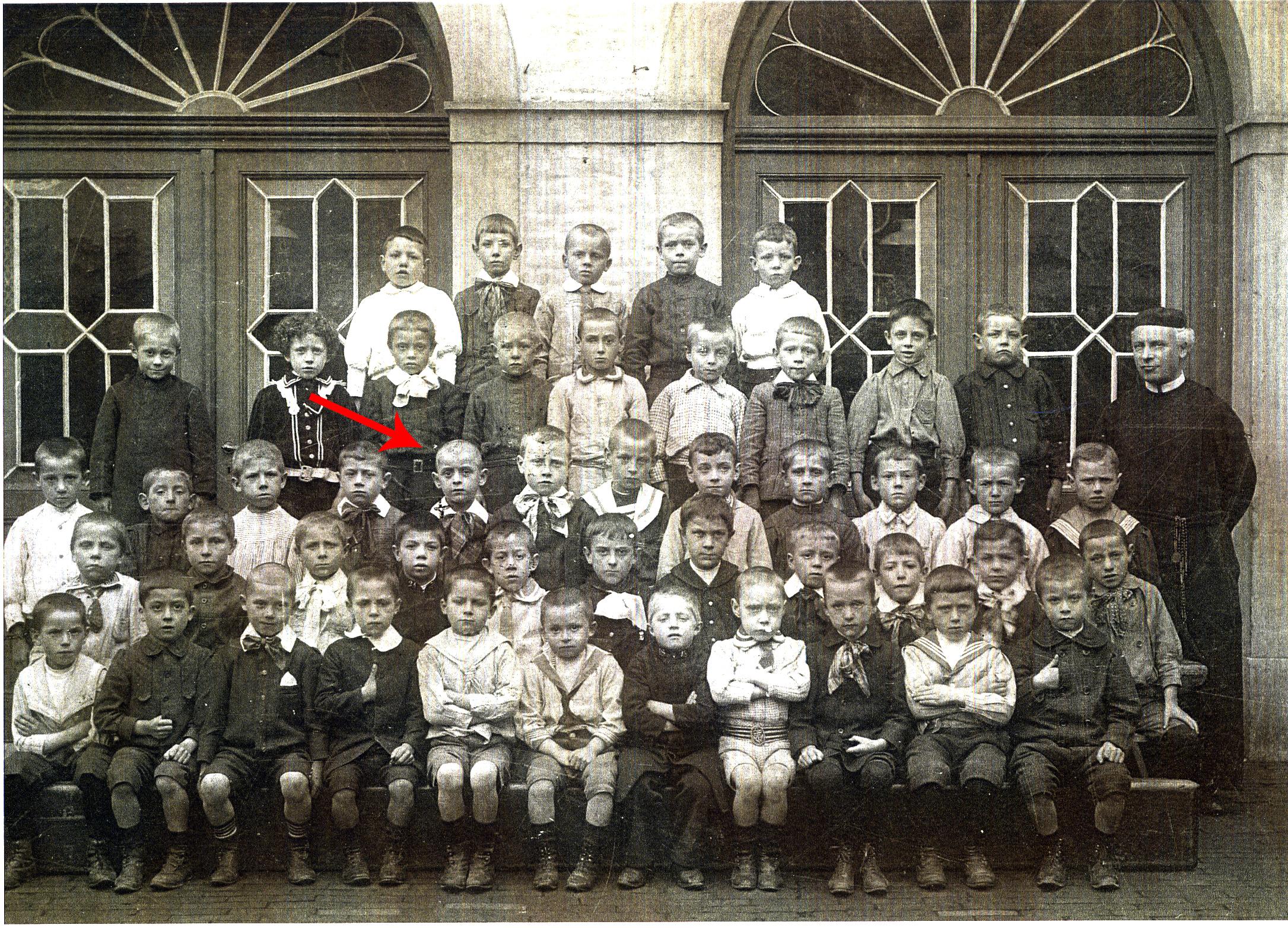 ~1909 Class Photo